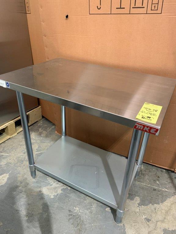 "Table de travail acier inox MKE - NEUVE # ECTC 3624 - 36 x 24"""