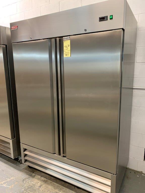 "Réfrigérateur MKE - NEUF - 2 portes # RI-49 SS - 54 X 33"""