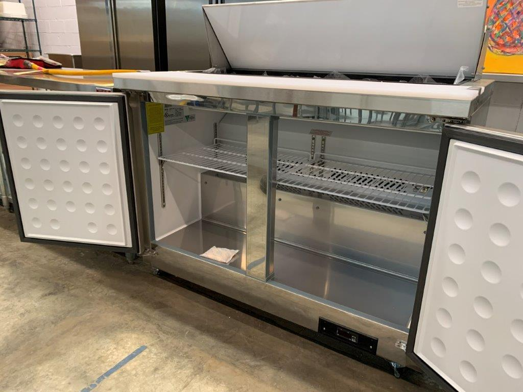 """Table de preparation réfrigérée - 2 portes # ST-48 - 48 x 30"""" - Image 3 of 4"""