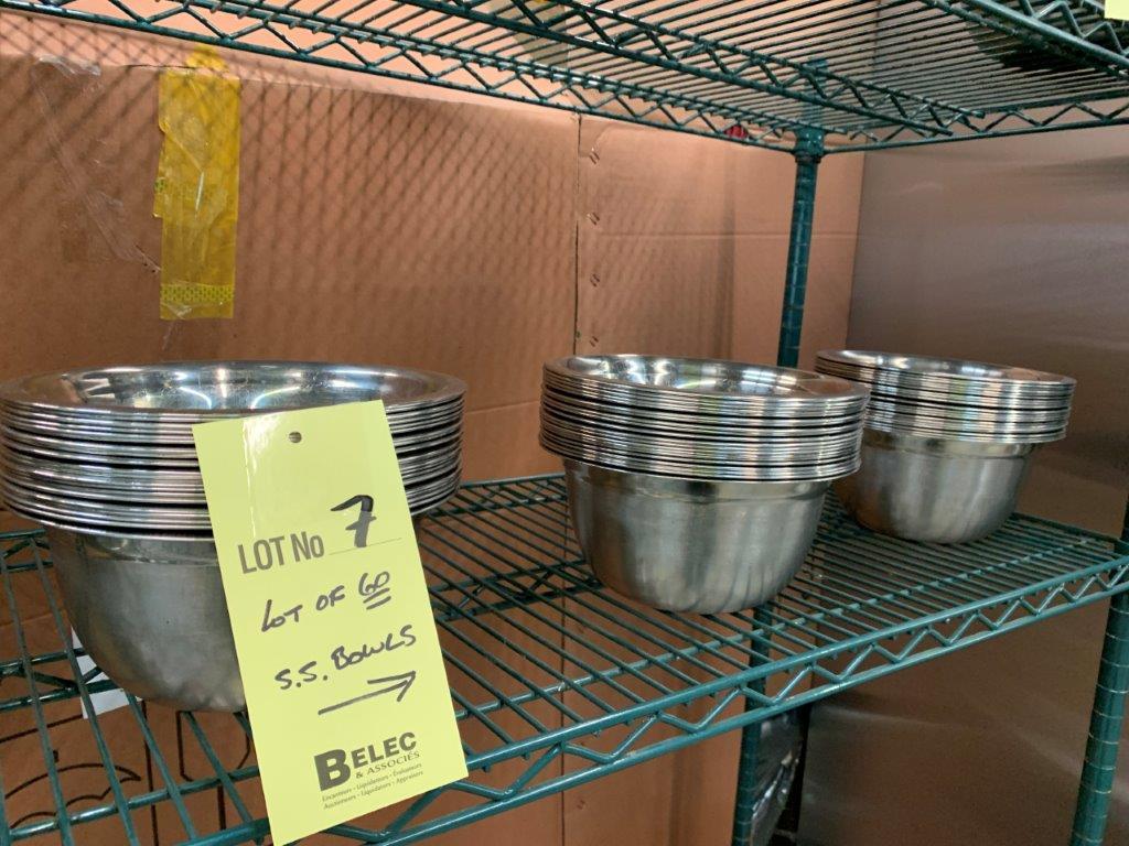 Lot de (60) bols acier inox - Image 2 of 2