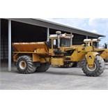Big A 2500 3 wheel spreader, Ford Industrial V-8 gas, belt, 5938 hrs, 66x43.00-25 tires