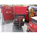 LINCOLN IDEALARC R3R 300 TIG WELDER W/ CART & TOP SUPPLYLINCOLN IDEALARC R3R 300 TIG WELDER W/