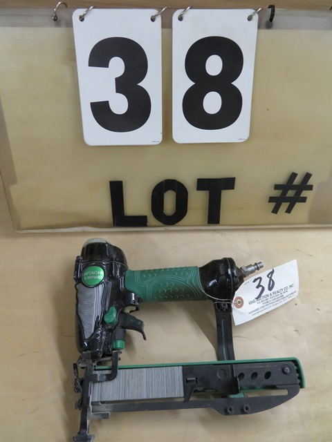 "Lot 38 - Hitachi N3804AB3 1 1/2"" Stapler"