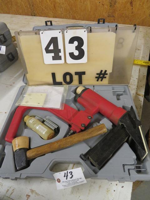 Lot 43 - Air Stapler Mdl FS(B) For Hardwood Floors