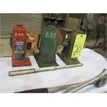 LOT OF HYDRAULIC BOTTLE JACKS (3)