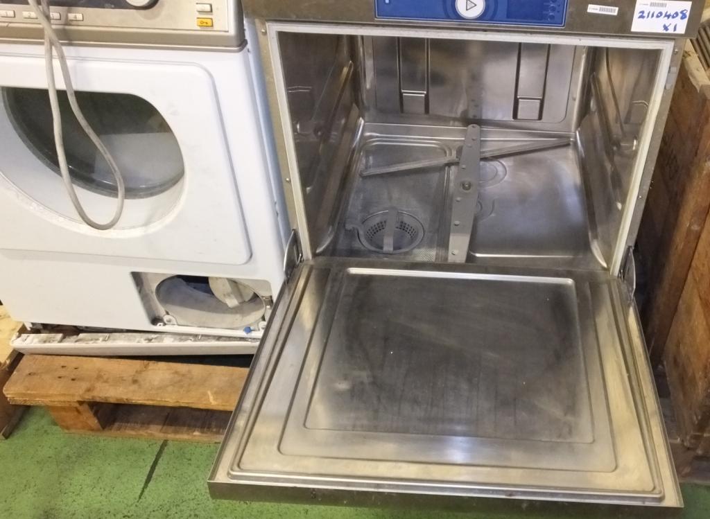 Lot 32 - Miele PT7136 tumble dryer & Hobart dishwasher