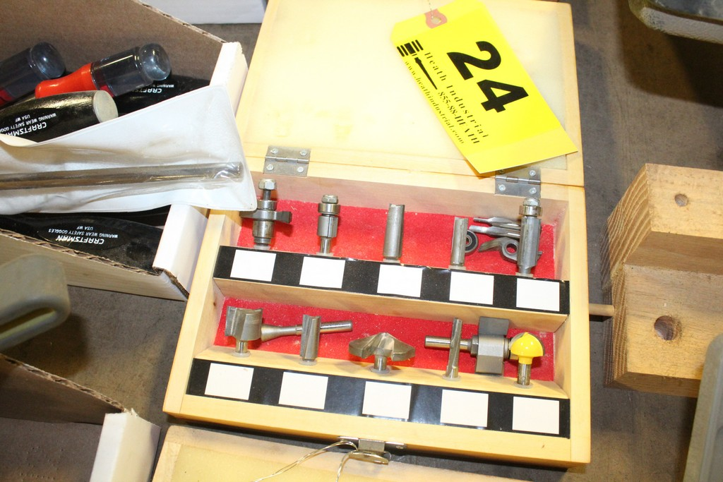 """Lot 24 - CRAFTSMAN ASSORTED ROUTER BITS IN WOOD CASE, 1/4"""" SHANK"""