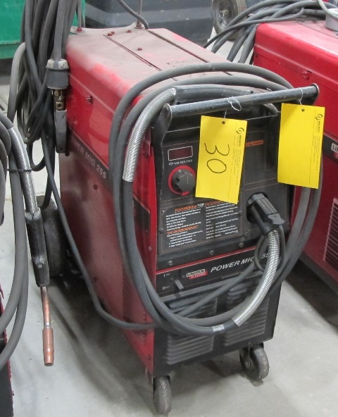 LINCOLN ELECTRIC POWER M19255 ELECTRIC WELDER, S/N 10583