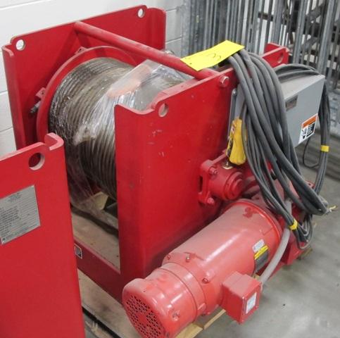 "Lot 3 - THERN INC 4WS9M181-10000-10-E ELECTRIC WINCH, 5/8"" CABLE, 230 VOLT, PENDANT CONTROL, 10000 LB"