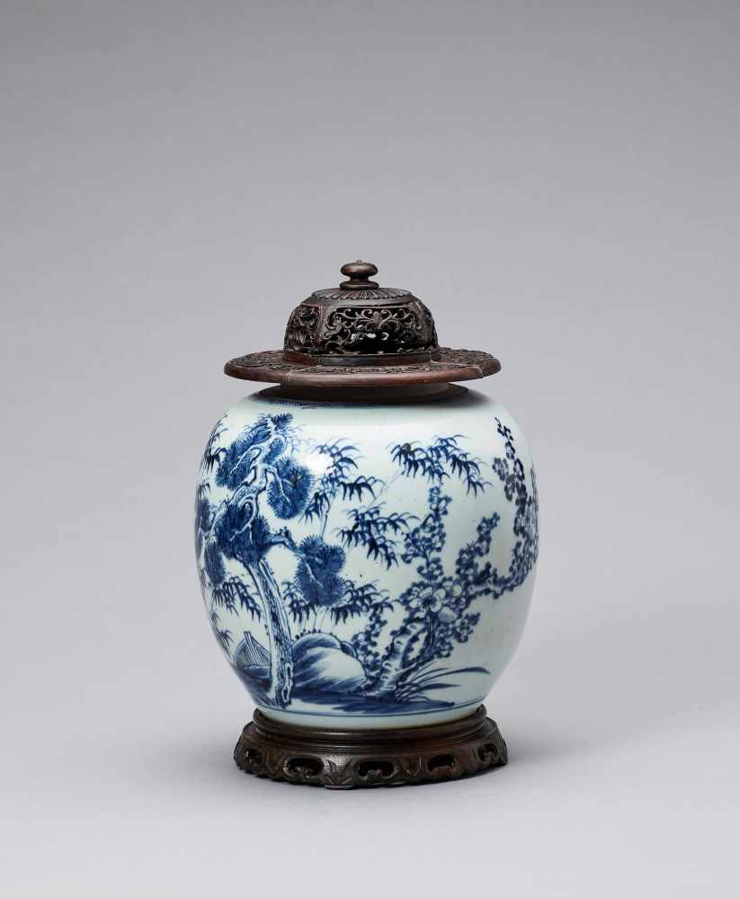 A BLUE AND WHITE GLAZED PORCELAIN 'THREE FRIENDS OF WINTER' GINGER JAR, KANGXI <br - Bild 2 aus 7