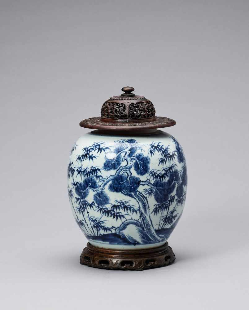 A BLUE AND WHITE GLAZED PORCELAIN 'THREE FRIENDS OF WINTER' GINGER JAR, KANGXI <br