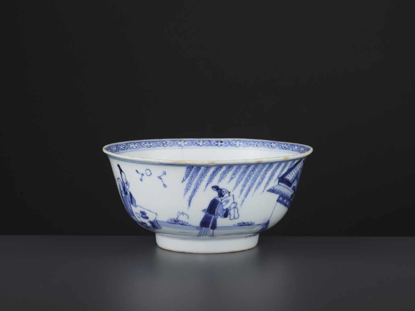 A BLUE & WHITE BOWL, KANGXI - Bild 6 aus 9