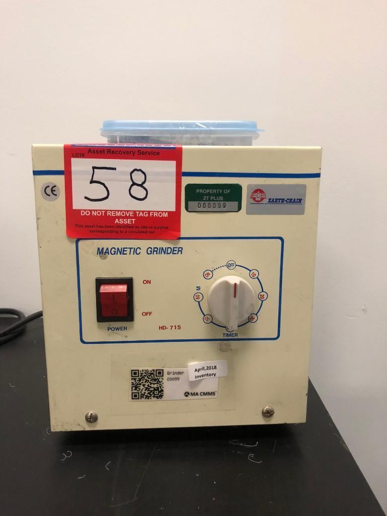 Lot 58 - Magnetic Grinder