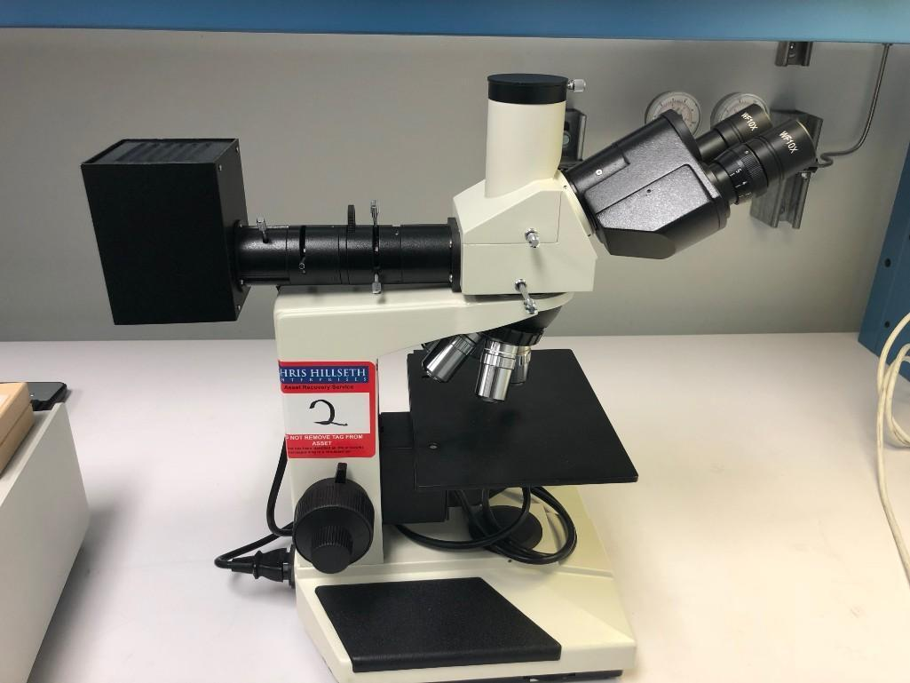 Lot 2 - Microscope