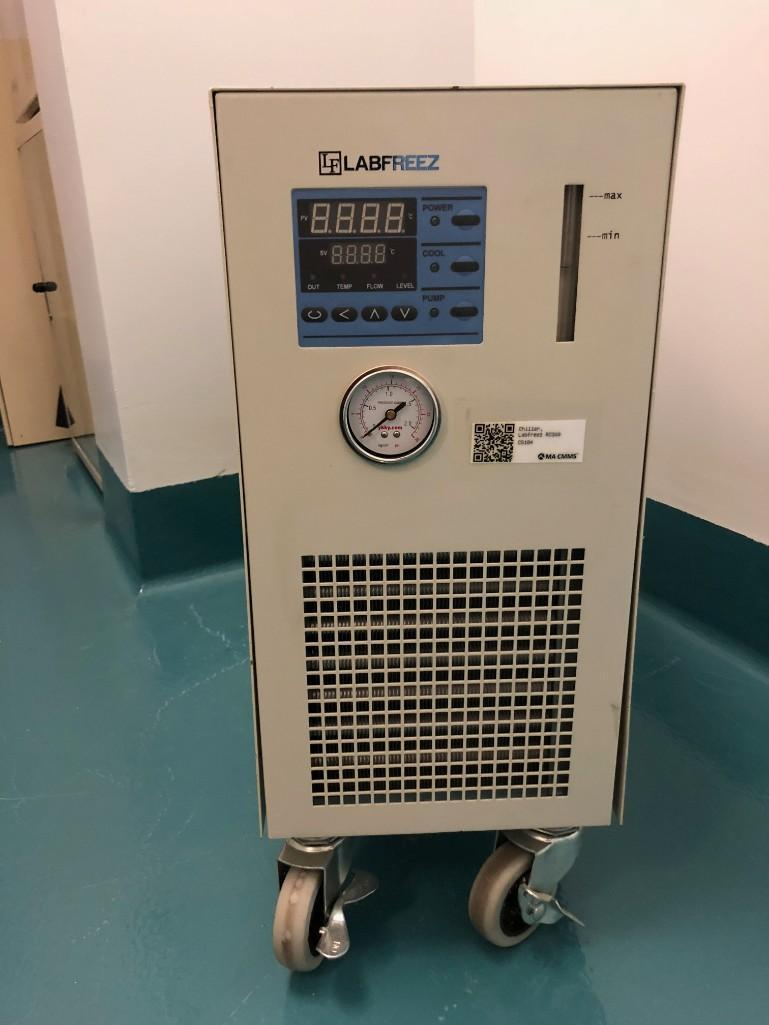Lot 21 - Lab Freez Instruments chiller RC300