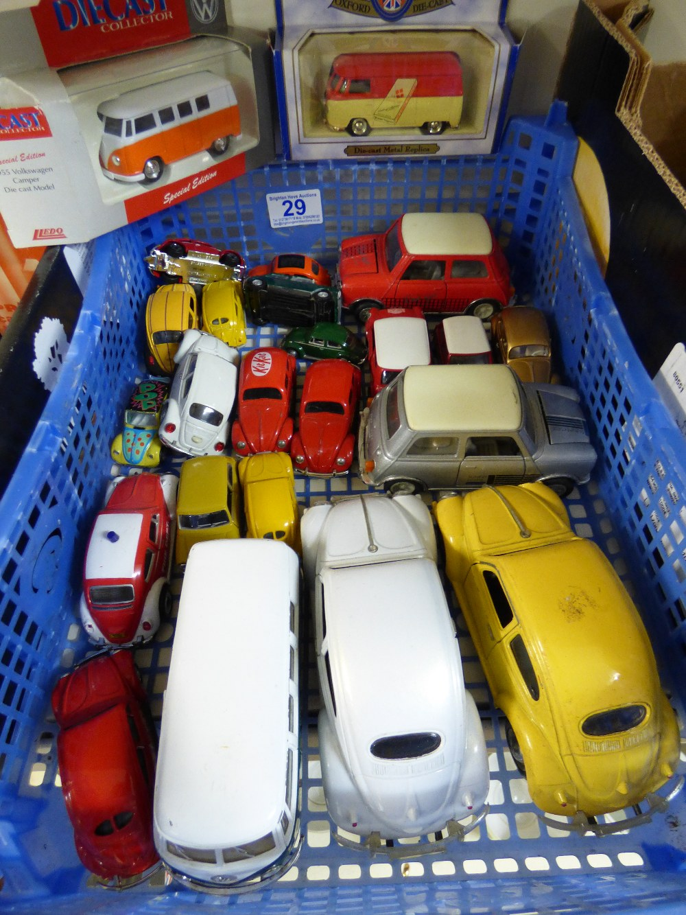 Lot 29 - COLLECTION OF DIE CAST VEHICLES INCLUDING CORGI