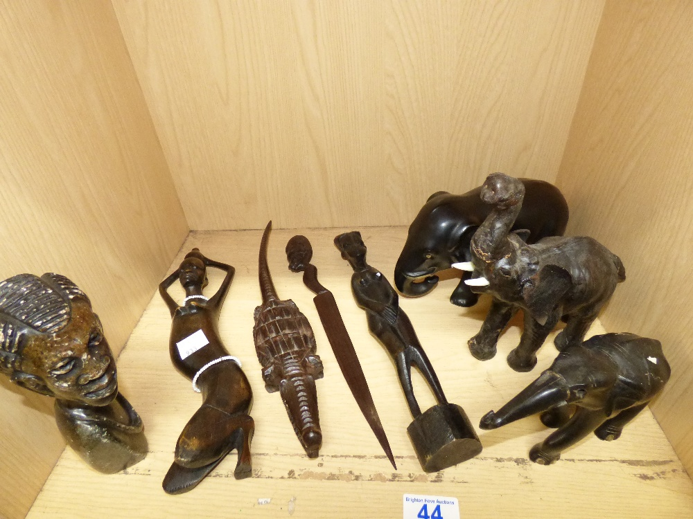 Lot 44 - COLLECTION OF AFRICAN STYLE CARVED WOOD & CERAMIC ITEMS