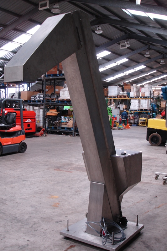 Lot 37 - Stainless Steel Uplift Conveyor