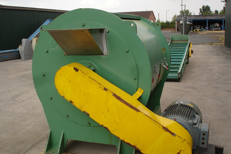 Lot 33 - Large Dryer/Drainer for Washed Granulated Plastic