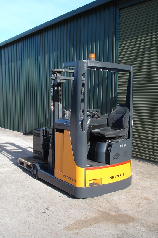 Lot 9 - Still FM14 Reach Truck