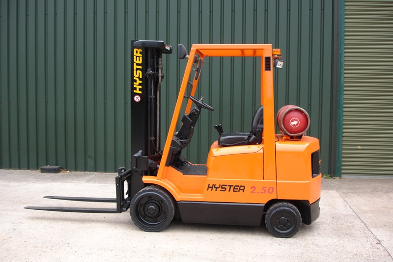 Lot 4 - Hyster 2.5 Ton Compact Forklift