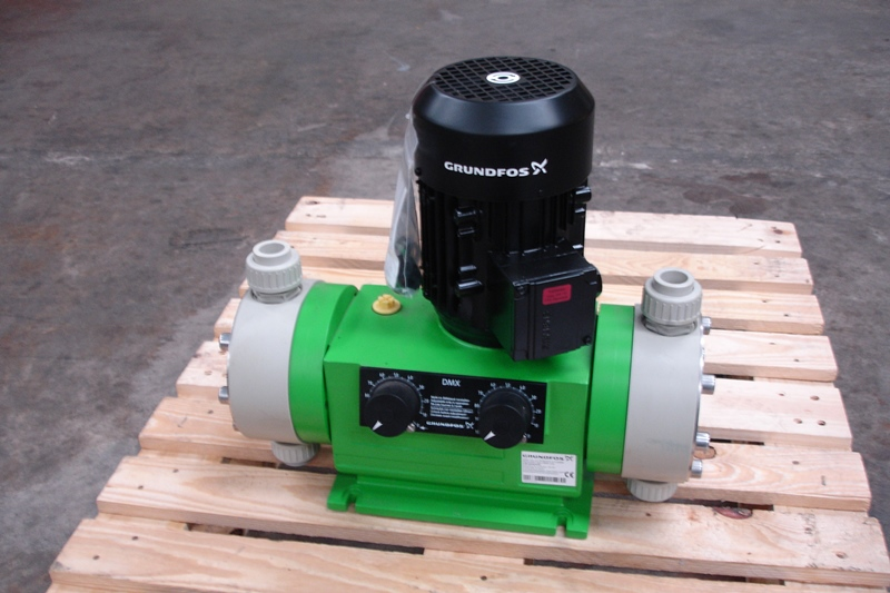 Lot 32 - GRUNDFOS DOUBLE DOSING PUMP (unused)