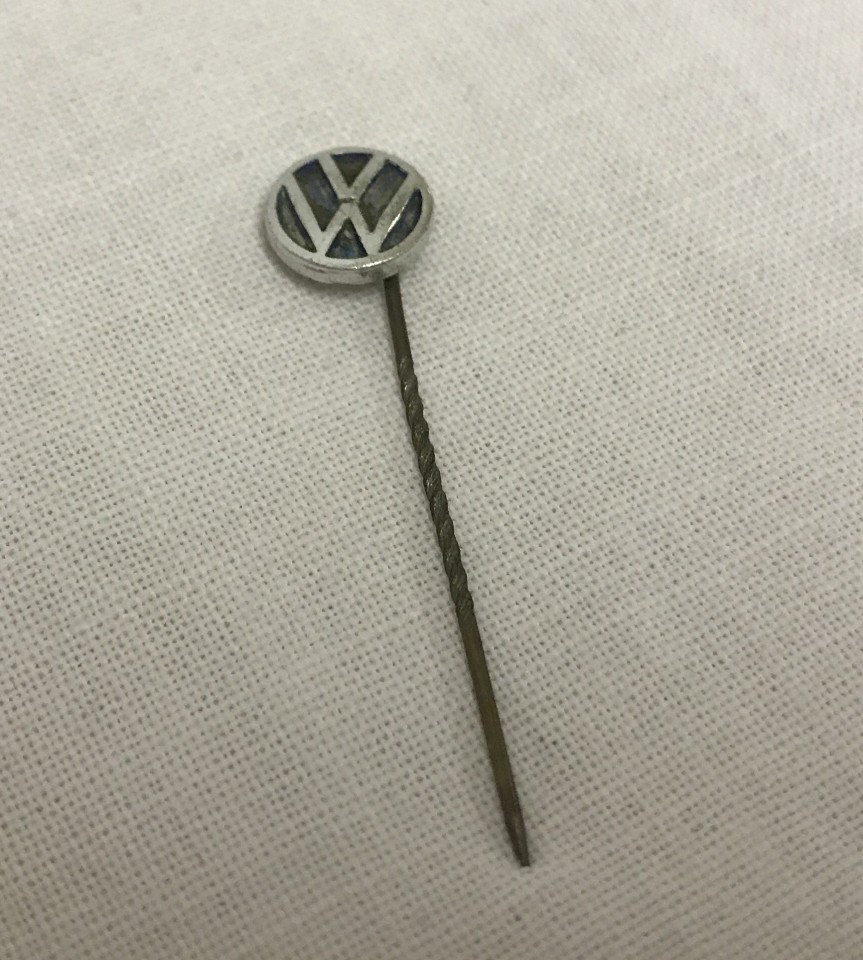 Lot 256 - German WWII pattern Volkswagen workers lapel pin badge.