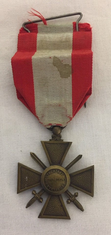 Lot 236 - An Overseas WWII pattern French Croix de Guerre.