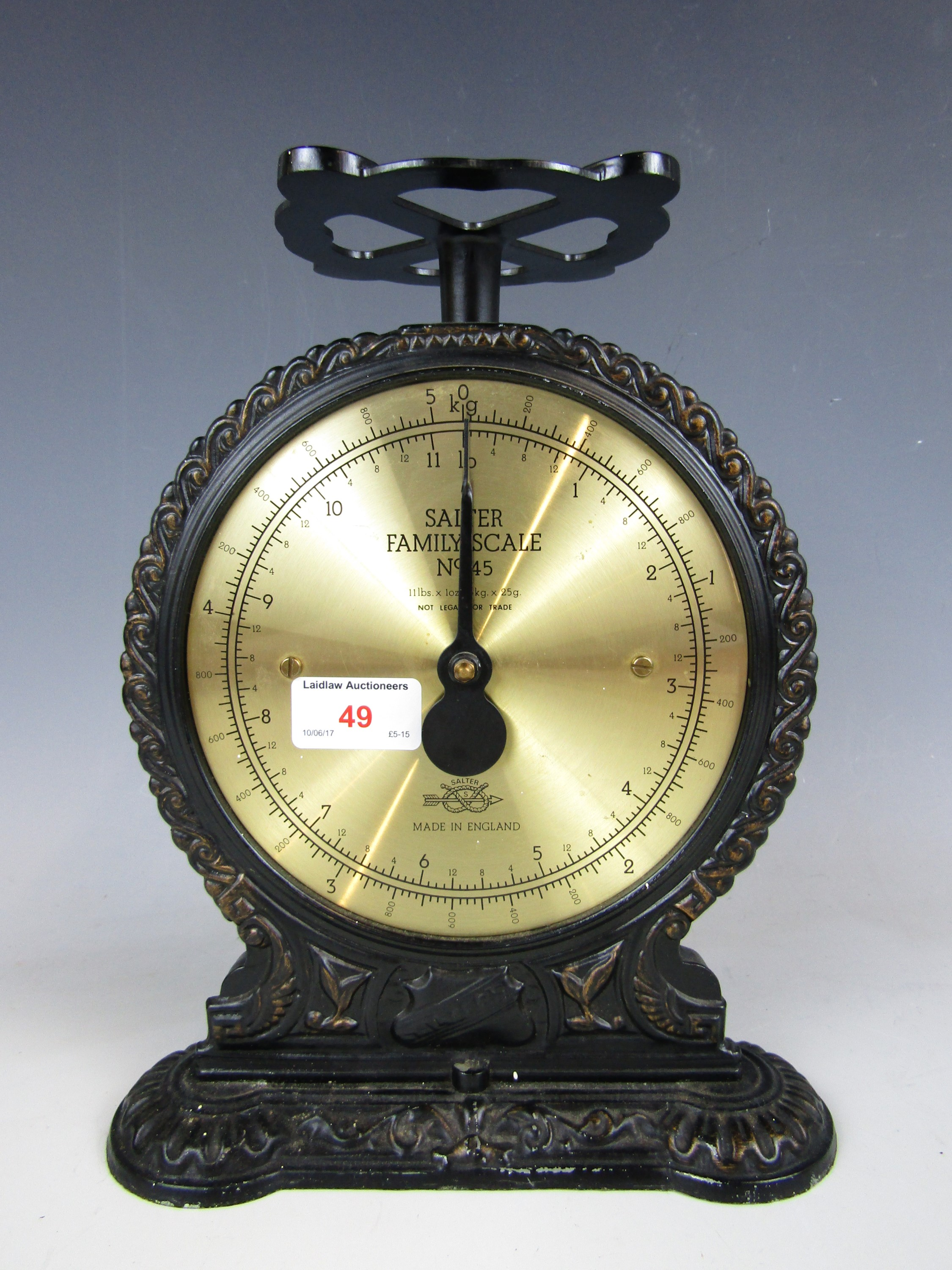 Lot 49 - A Salter cast iron Familyscale, model No. 45