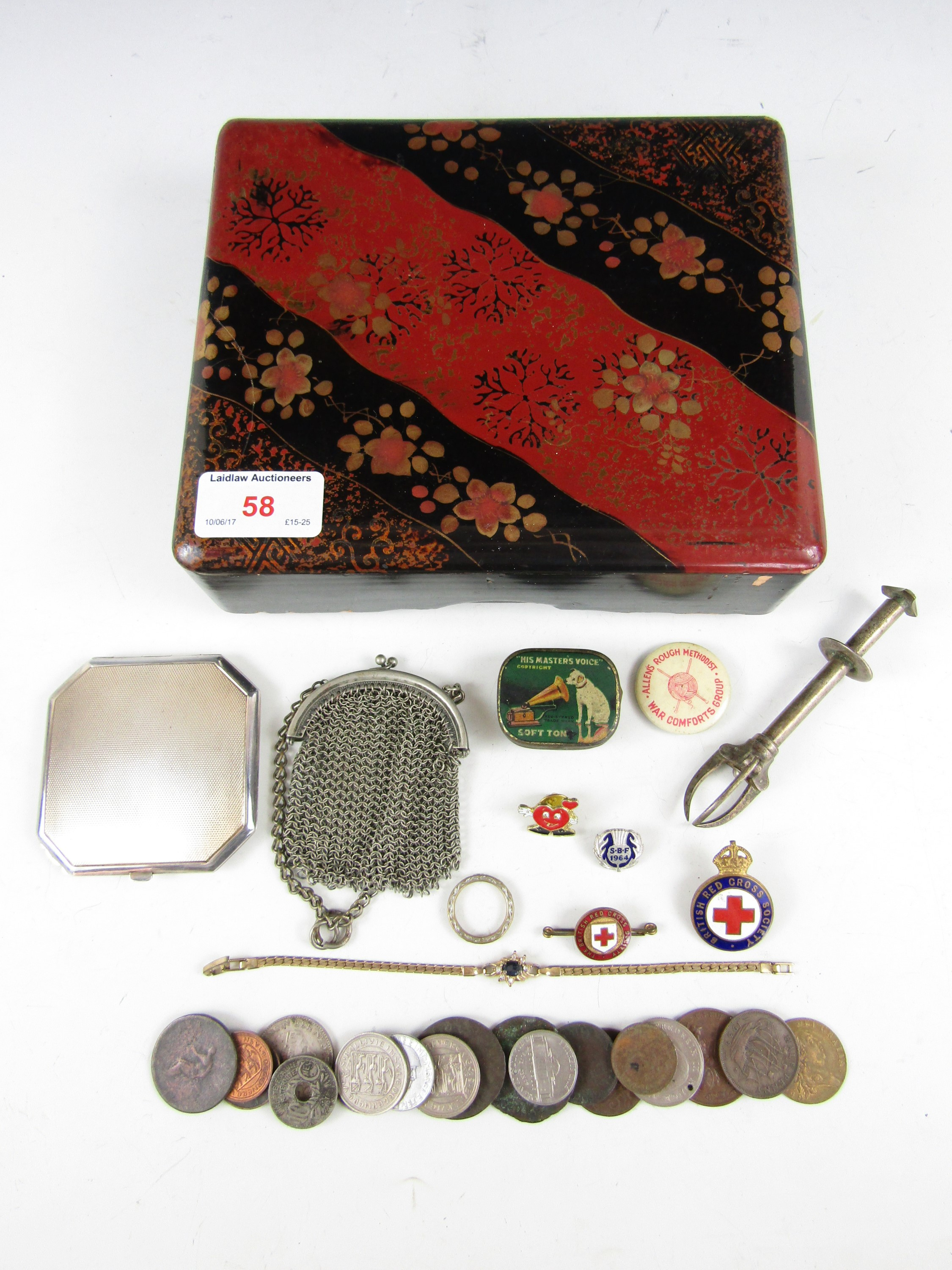 Lot 58 - Sundry collectors' items, including an electroplate pressed powder compact, a mesh ring purse,
