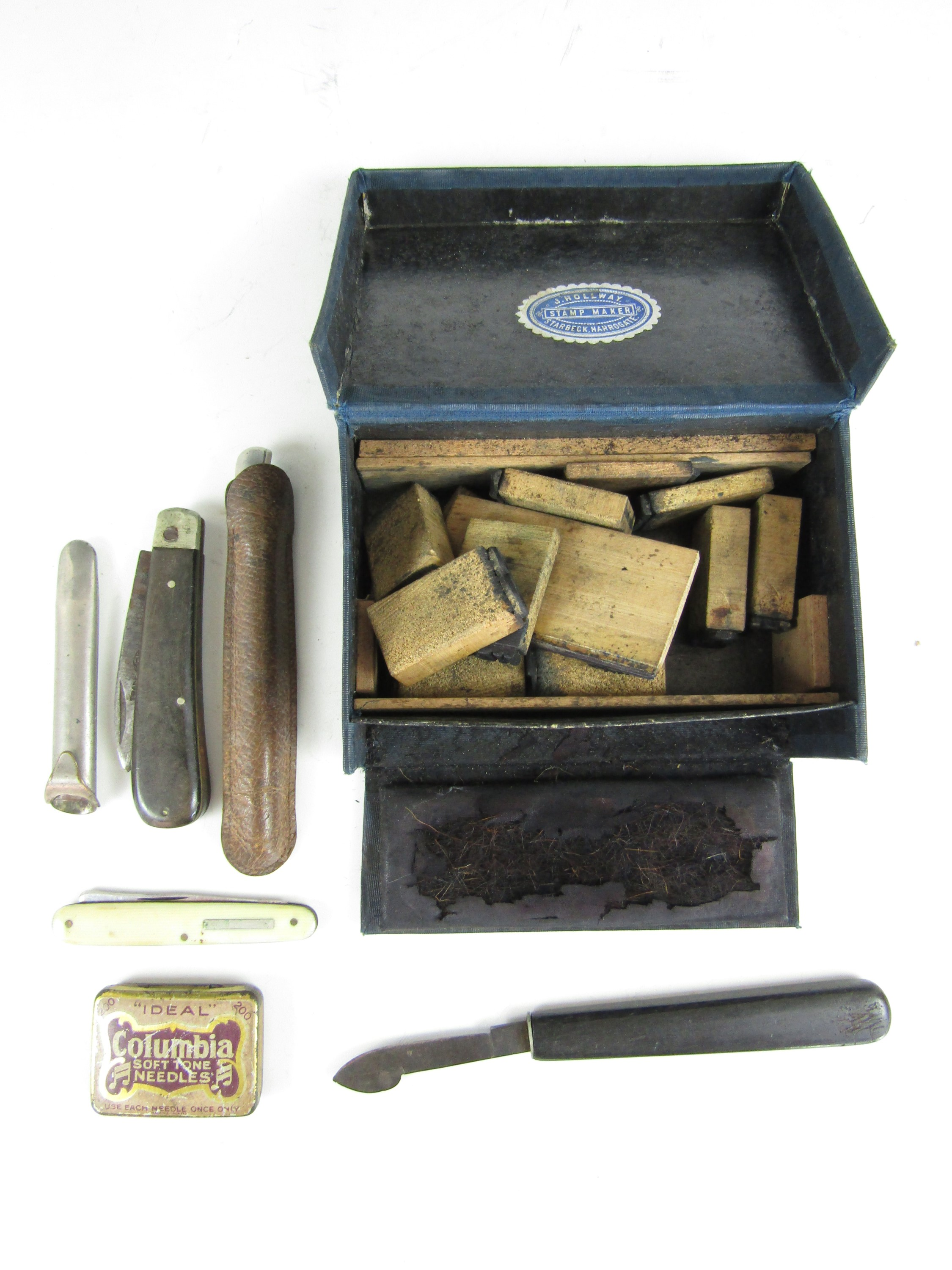 Lot 37 - A vintage Stamp Maker set retailed by J. Hollway of Harrogate, together with pen and quill knives