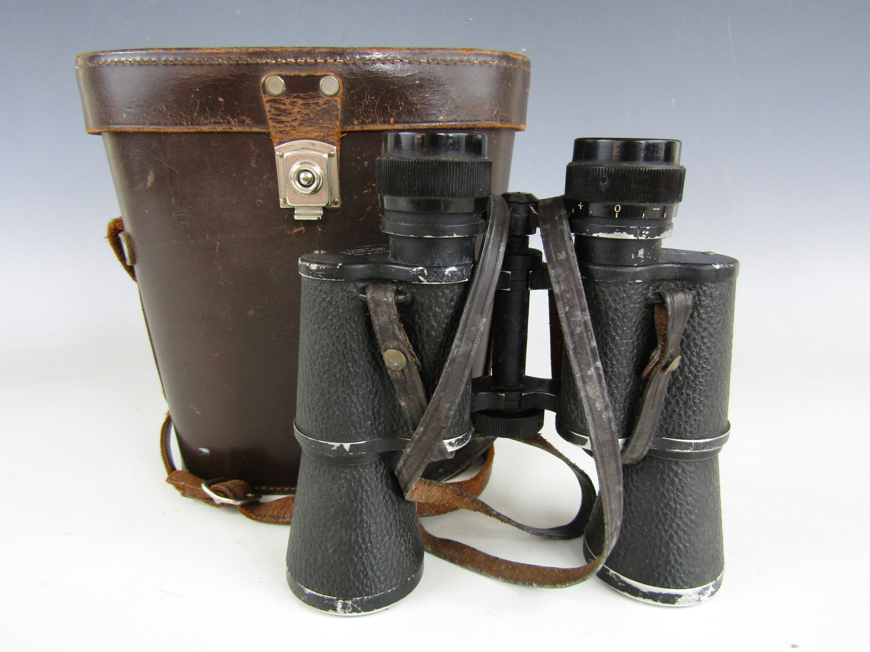 Lot 10 - A cased pair of Monarch 12 x 40 binoculars