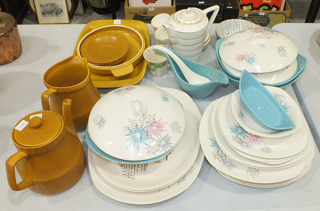 Lot 143 - Twenty-five pieces of Midwinter Stylecraft fashion shape 'Quite Contrary' decorated dinnerware