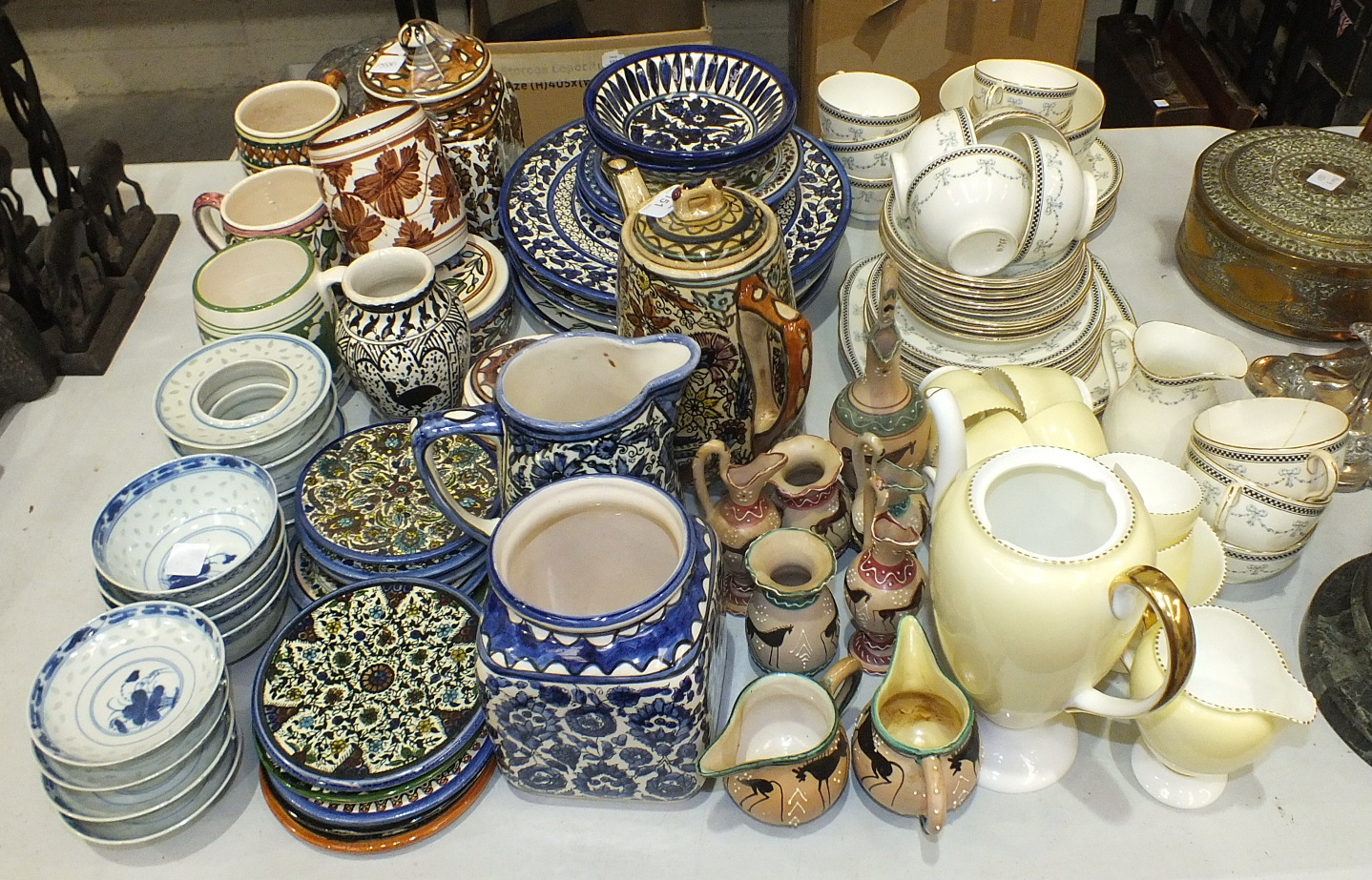 Lot 151 - Thirty-seven pieces of Allertons 'Georgian' decorated tea ware and other ceramics.