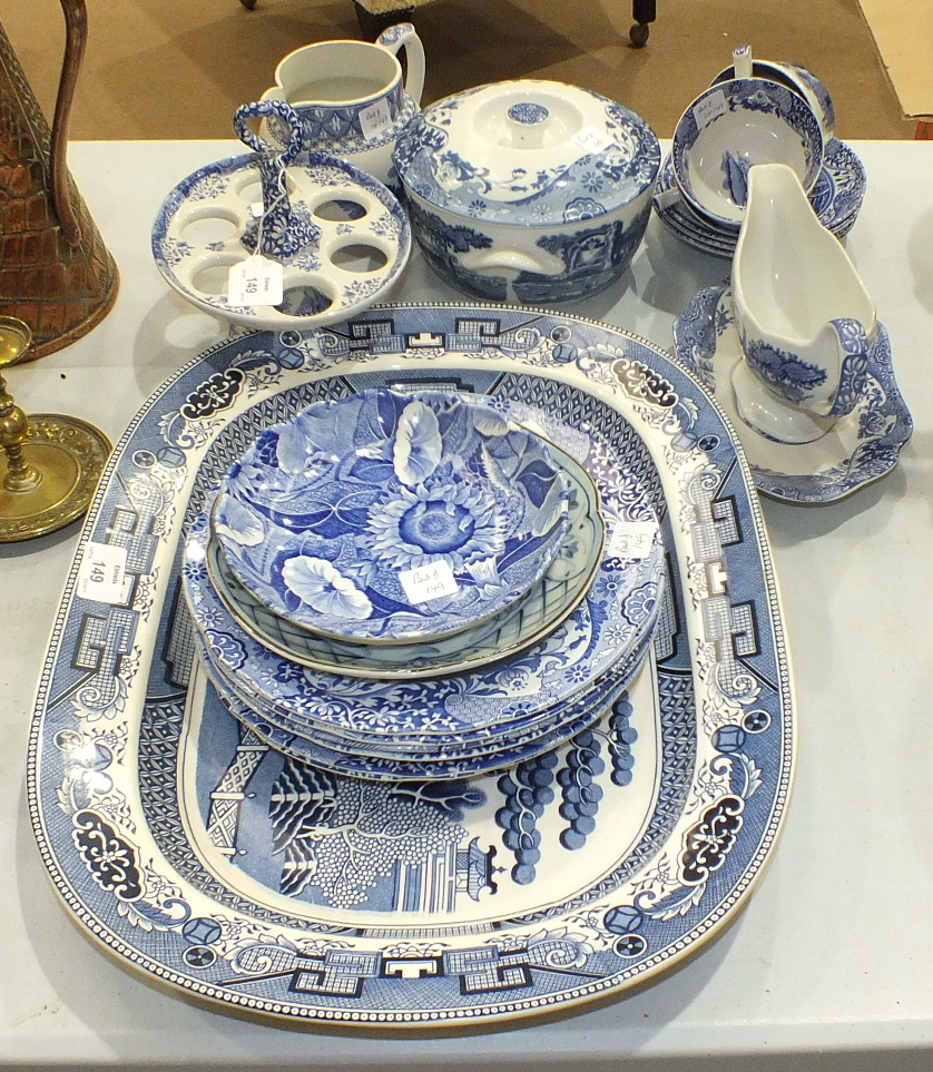 Lot 149 - A blue and white willow pattern meat plate, 47 x 35.5cm and twenty pieces of Spode Italian decorated