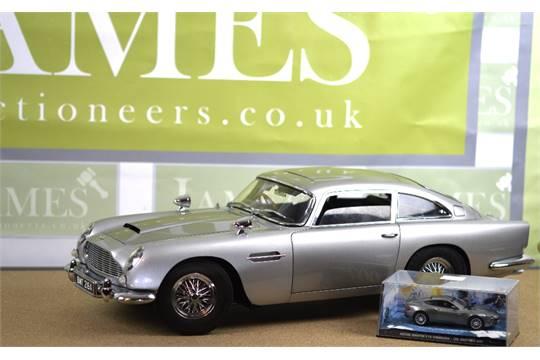 A Stunning Hand Made 1 8 Scale James Bond Aston Martin Db5