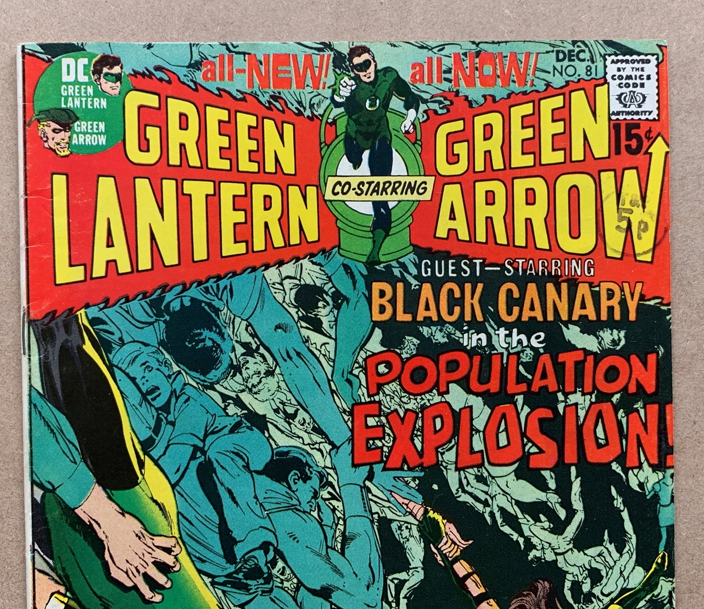 Lot 2121 - GREEN LANTERN #81 (1970 - DC) VFN (Cents Copy/Pence Stamp) - Black Canary guest-stars. Neal Adams