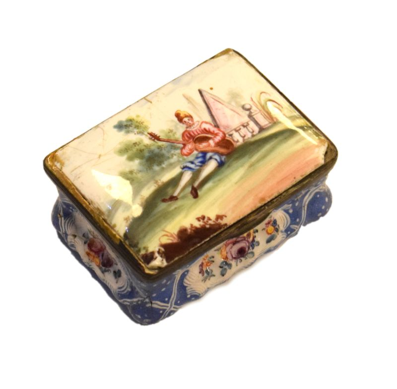 Late 18th/early 19th Century enamel box of rectangular form, the hinged cover decorated with a