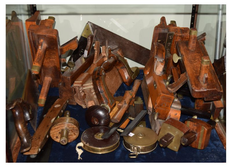 Lot 390 - Good selection of 19th and early 20th Century woodworking tools to include; brass-mounted brace