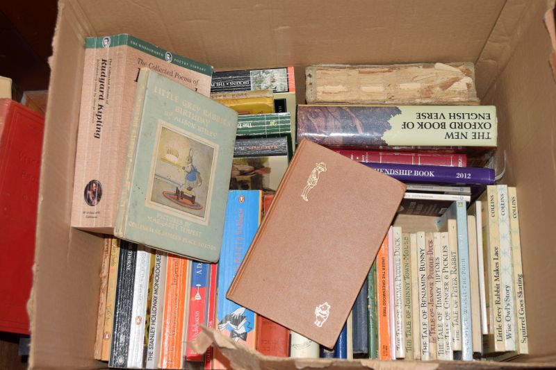 Lot 297 - Books - Large quantity of various books relating to Quiltmaking, various novels comprising: PG