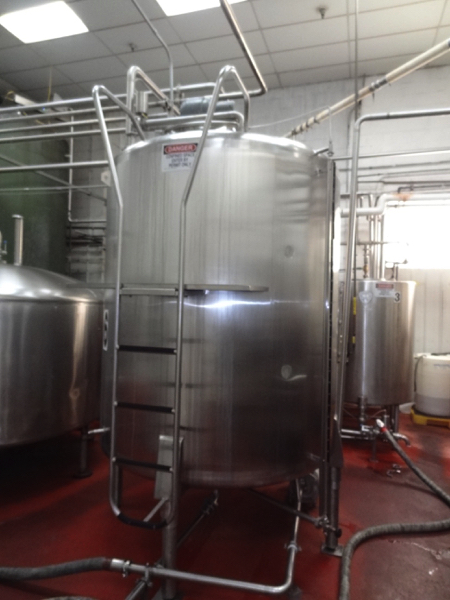 1500 Gallon Cherry Burrell Stainless Steel Top Agitated Mixing Tank, 6' Diameter X 7' Straightwall X - Image 4 of 11