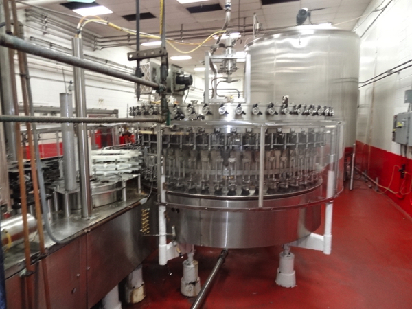 Vickers Dawson Model 52-8 52 Valve Filler with 8 Head Rotary Capper, Includes Alcoa 8 Head Cap In - Image 7 of 11