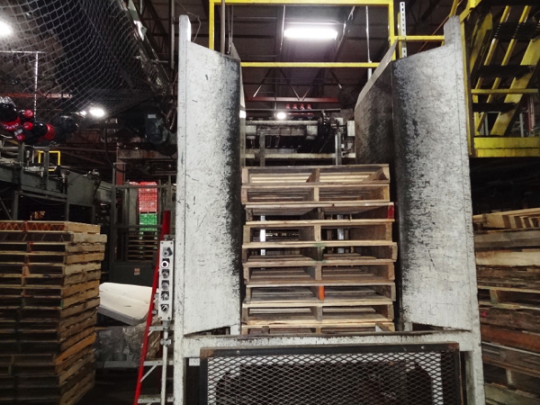 Von Gal Model P7900 High Level Case Palletizer. | NOTE: This lot is subject to the bulk bid of LOT - Image 5 of 6
