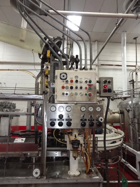 Vickers Dawson Model 52-8 52 Valve Filler with 8 Head Rotary Capper, Includes Alcoa 8 Head Cap In - Image 5 of 11