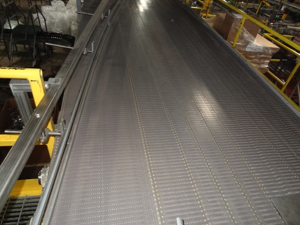 """Multi-Conveyor Pressureless Combiner, 33' Long, Right Hand, 18"""" Rexnord Infeed To (9) 4 1/2"""" - Image 3 of 4"""