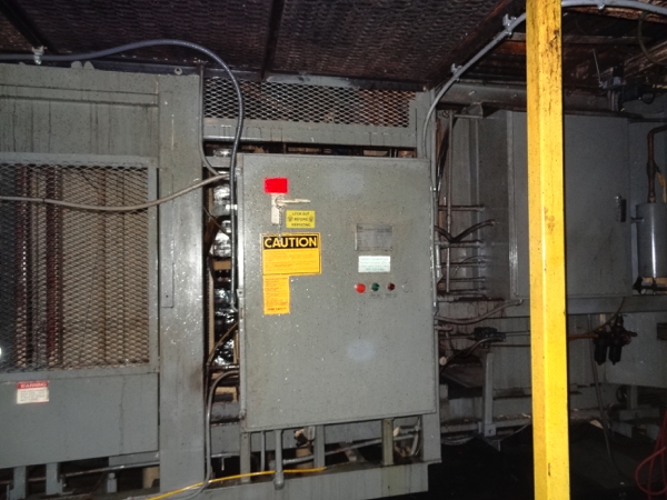 Von Gal Model P7900 High Level Case Palletizer.   NOTE: This lot is subject to the bulk bid of LOT - Image 7 of 7