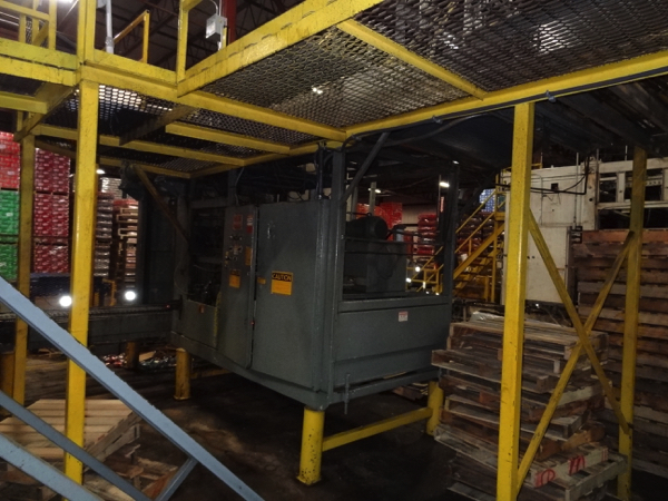 Von Gal Model P7500 RH SEPD-RAA High Level Case Palletizer. | NOTE: This lot is subject to the - Image 4 of 6