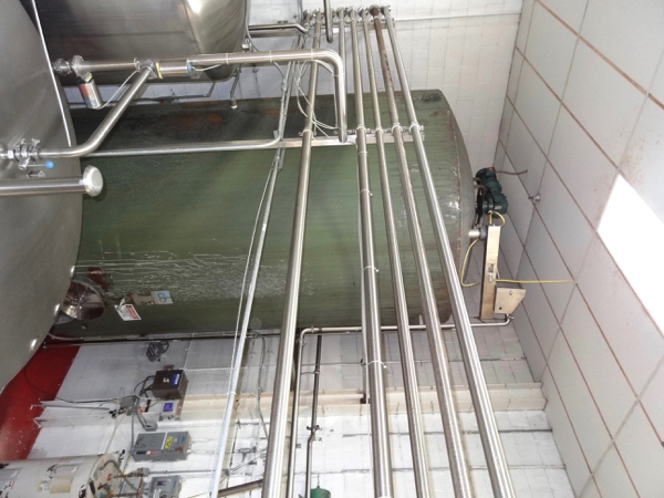 """Lot 11 - 5000 Gallon Cherry Burrell Stainless Steel Top Agitated Mixing Tank, 8'-6"""" Diameter X 13'"""