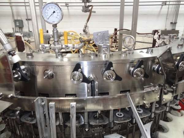 Vickers Dawson Model 52-8 52 Valve Filler with 8 Head Rotary Capper, Includes Alcoa 8 Head Cap In - Image 3 of 11