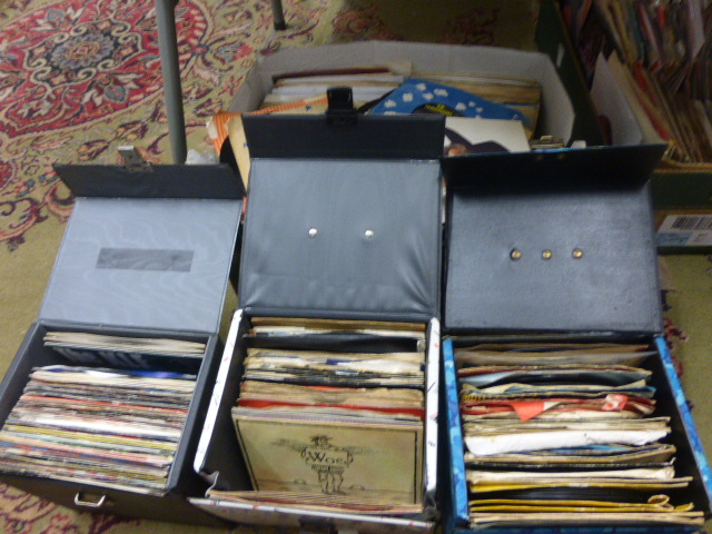 Lot 51 - Vinyl - Collection of 45's mainly in company sleeves from a range of genres in three record cases